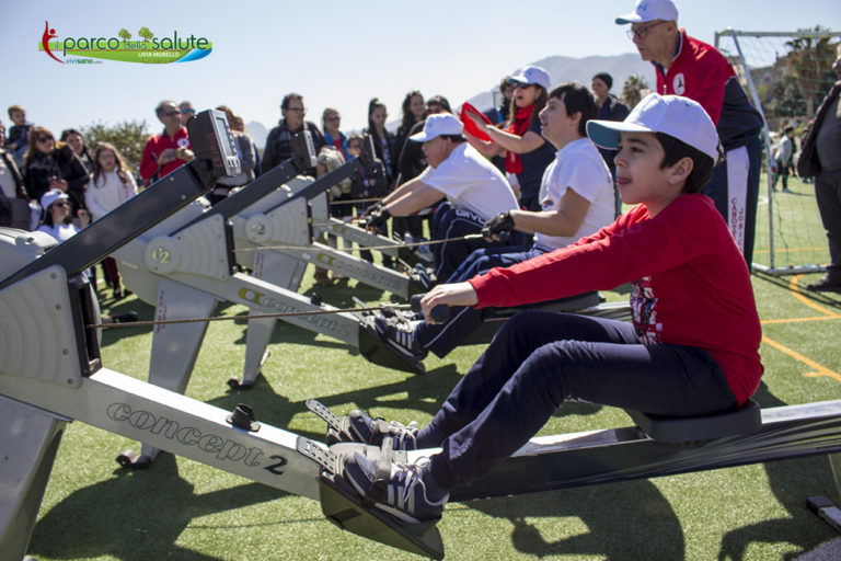 la 'Race Rowing for All' terza festa sportiva inclusiva al Parco della Salute